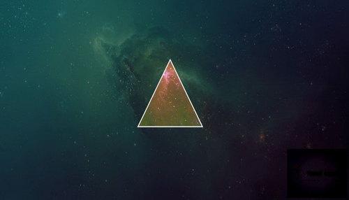 Знак треугольника на Луне